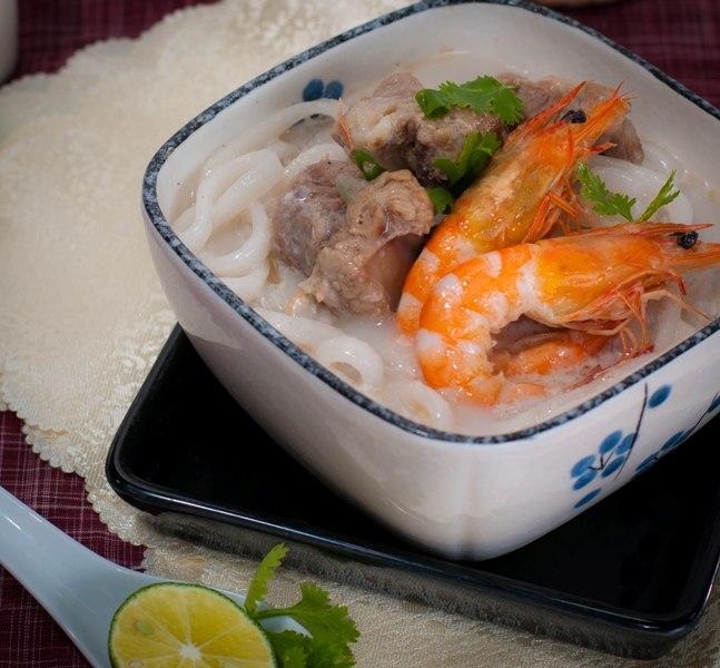 Bánh canh nước cốt dừa