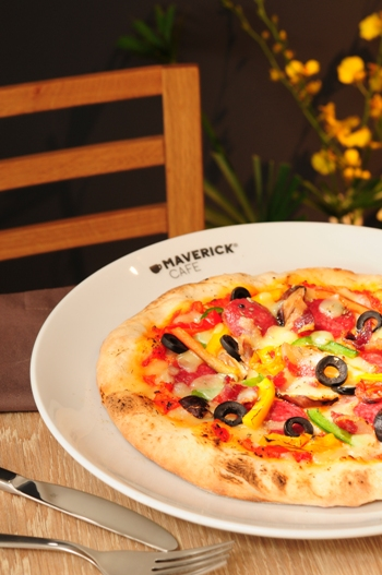 Margherita-pizza-maverick-cafe-porfolio-egret-grass-food-stylist