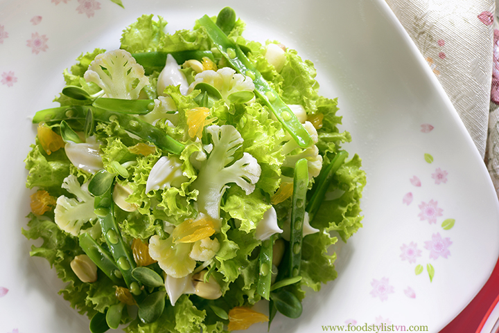 Salad rau củ - Food Styling: Egret Grass - Photograph by: Rong Vang