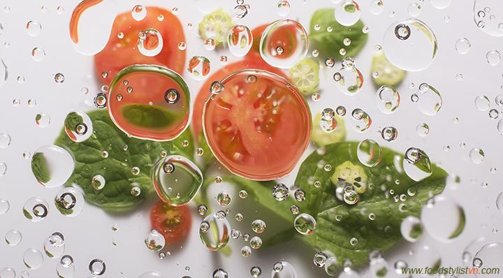 Cà chua, mồng tơi, đậu bắp - Food Styling: Egret Grass - Photograph by: Nguyễn Quang Trung
