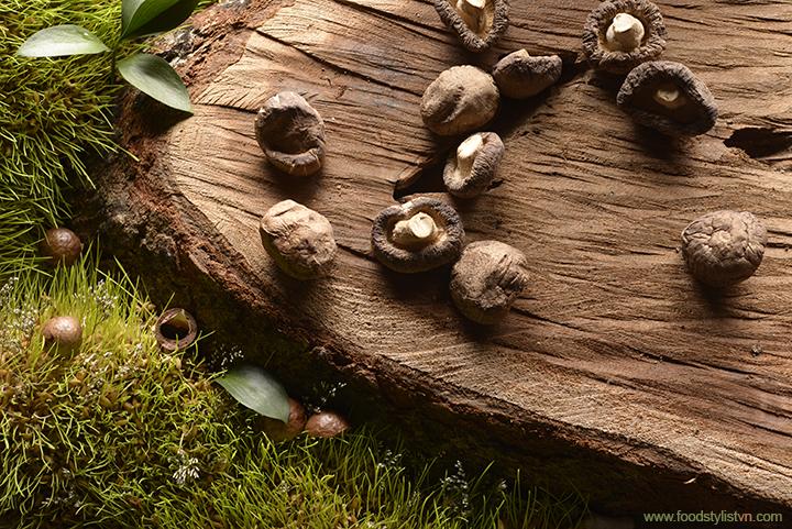 Nấm đông cô khô - Food Styling: Egret Grass - Photograph by: Rong Vang