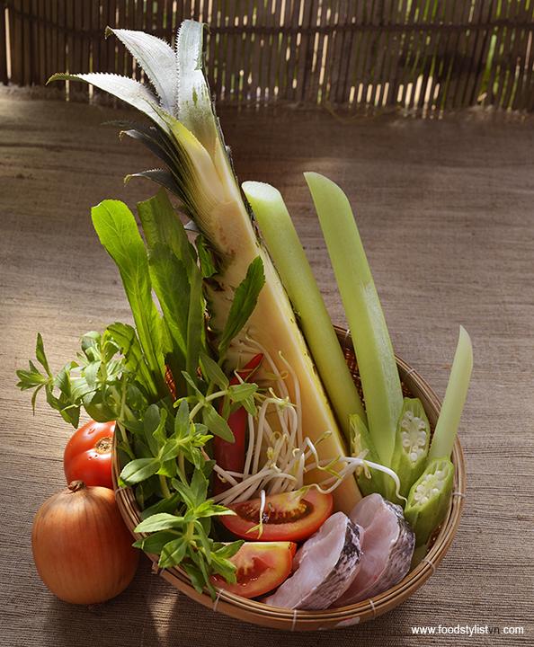 Nguyên liệu canh chua Food Styling: Nguyên - Photograph by: Rong Vang