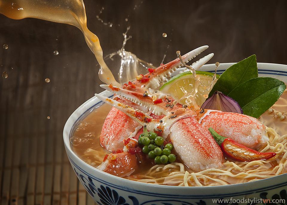 Mì cua chua cay Photographer: Lê Thanh Tùng Food stylist: Nguyen bui