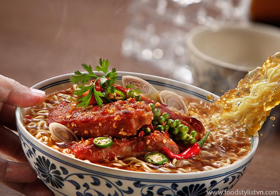 Mì sườn nướng. Photographer: Lê Thanh Tùng at Spotlight Studio Food Stylist: Nguyên Bùi