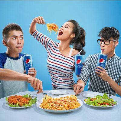 Uống Pepsi ăn ngon hơn Client: Pepsi Vietnam Agency: BBDO Vietnam Production house: Redbox Food Stylist: Nguyen Bui