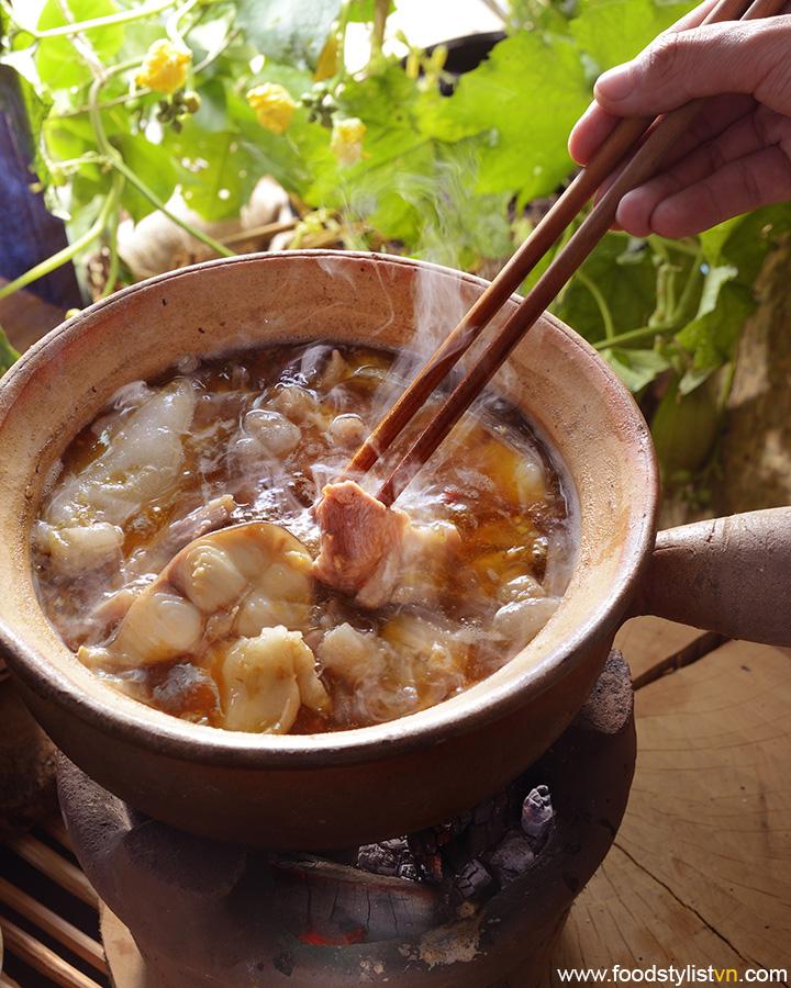 Lẩu mắm Clients: Phương Nam Book Photograph by: Rong Vang Food & Prop Stylist: Tiến Nguyên