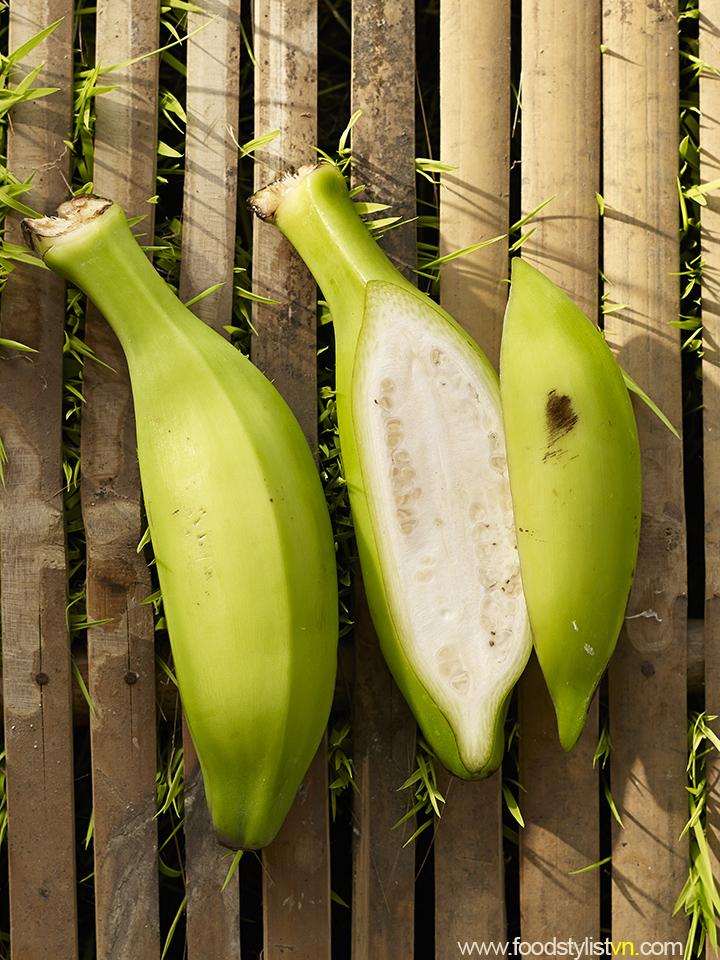 Chuối chát  Client: Phương Nam Book Photograph by: Wing Chan at BITE Studio Food & Prop Stylist: Tiến Nguyên