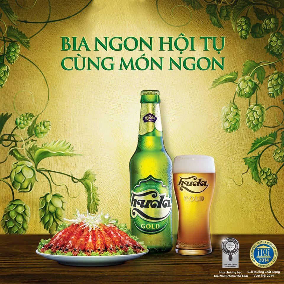 Bia ngon hội tụ cùng món ngon  Client: Hue Beer Production house: S3 Studios Photographer: Dominic Nguyen Food Stylist: Bùi Lý Tiến Nguyên
